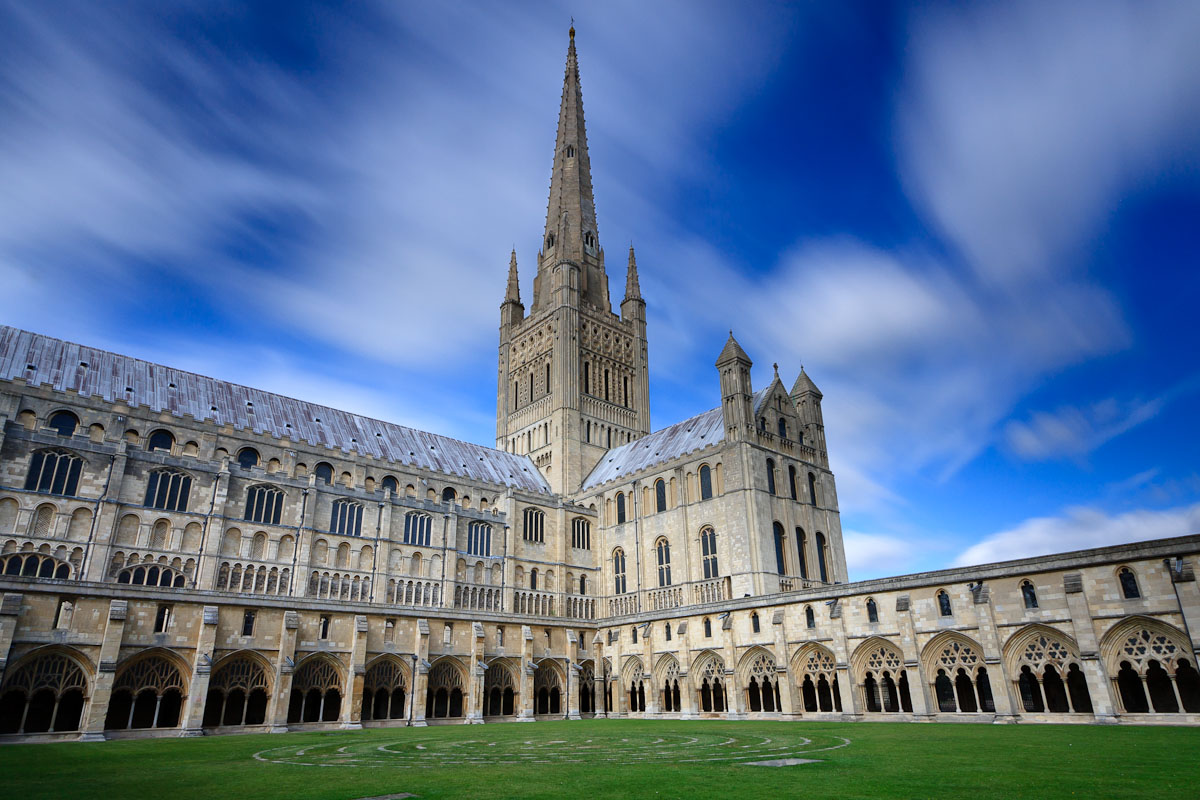 norwich cathedral The latest tweets from norwich cathedral (@nrw_cathedral) art, culture, food, music, hospitality, learning & worship norfolk's #1 setting one of our greatest cathedrals.